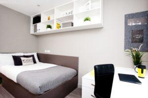 Basic En-Suite, Saw Mill, Huddersfield, HD1