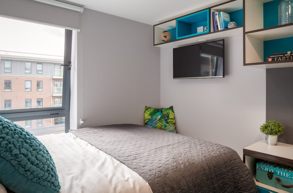 Smart Apartment, The Glassworks, Leeds, LS6 1FN main image