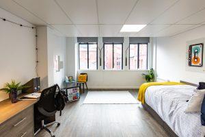 Large En-Suite Suite, Clydesdale House, Turner Street, Manchester, M4 1DG